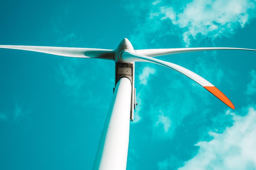 Um modelo disruptivo para trazer energia livre
