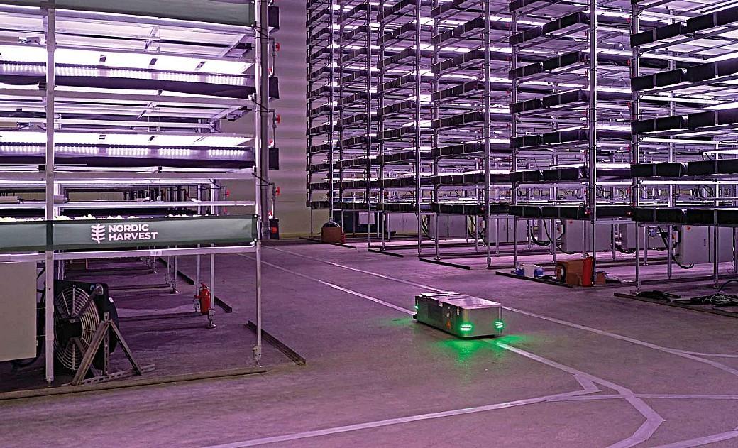 Fazenda vertical é movida a vento e operada por robôs
