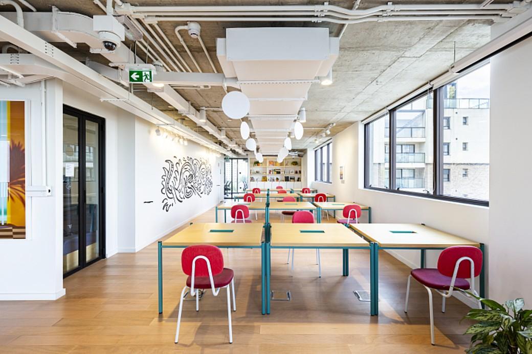 Menos gente, mais espaço no novo escritório