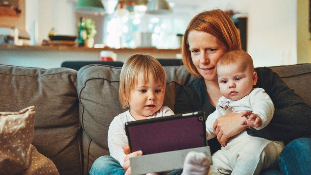 Startups ajudam mães com filhos pequenos a terem sucesso profissional