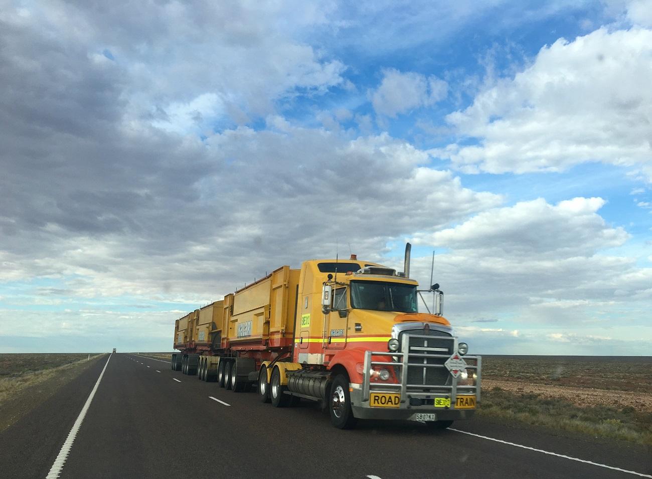 Como descarbonizar o transporte pesado
